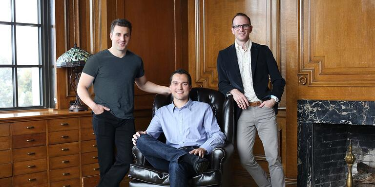 founders-airbnb-2000-530184-edited